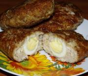 Куриные зразы с яйцом