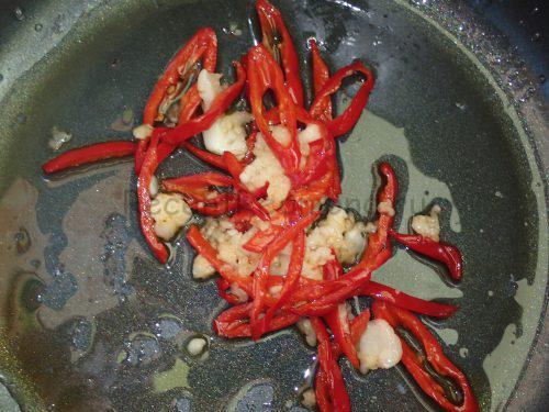 Острый соус для баклажанов