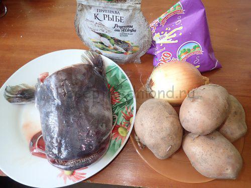Ингредиенты для приготовления рыбы с картофелем в молоке