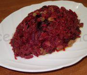 Теплый салат из буряка с черносливом и изюмом